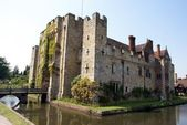 Hever Castle in Hever, Edenbridge, Kent, England — Stock Photo