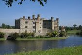 Leeds Castle in Maidstone, Kent, England — Stock Photo