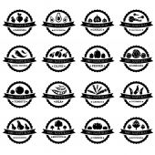 Set of vector labels with vegetables in black and white — Vector de stock