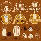 Set of beer emblems — Stock Vector