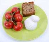 Mediterranean diet tomato, mozzarella and brown bread — Stock Photo