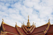 Gable apex on the roof of Public Laos Temple — Стоковое фото