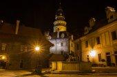 Zobrazit na zámku v českém krumlově během noci. — Stock fotografie