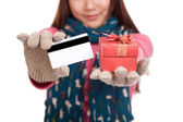 Asian girl with winter dress,credit card and gift box — ストック写真
