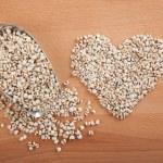 Heart shape jobs tears with transfer scoop — Stock Photo #60957449