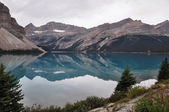 Reflection at the Rendez-vous, Rockies, Canada — Stockfoto