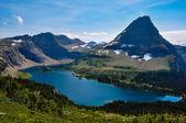 Jezioro ukryte szlak, glacier national park, montana, Stany Zjednoczone Ameryki — Zdjęcie stockowe