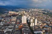 Utsikt över staden från katedralens topp, manizales, colombia — Stockfoto