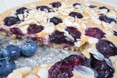 Low carb healthy blueberries cake with almond — 图库照片