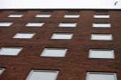 Budynek z windows — Zdjęcie stockowe