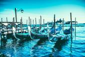 Gondoler på piazza san marco, venedig, italien. — Stockfoto