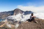 Rinjani mount is an active volcano — Stock Photo