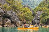 Trip on colourful kayak — Fotografia Stock