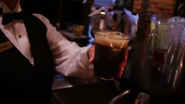 Serving Soda at Bar — Stockvideo
