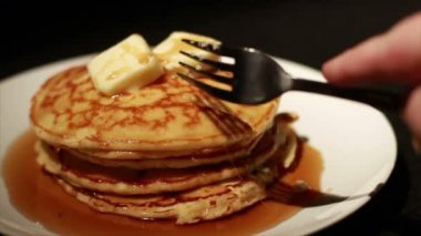 Pancakes with Butter and Syrup — Stock Video