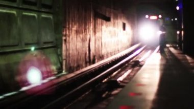 Metro Subway Coming — Stock Video