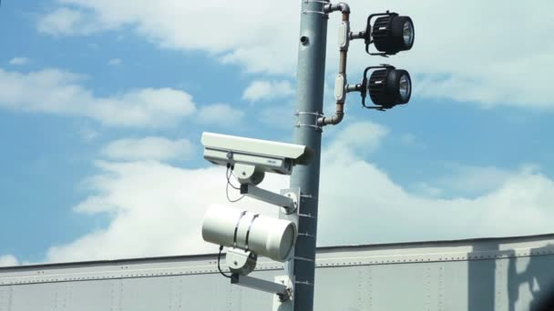 Velocidad y cámaras de vigilancia — Vídeo de stock