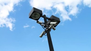 Cameras on Light Pole — Stockvideo