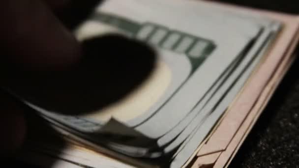 Billetes de cien dólares — Vídeo de stock