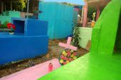A colorful Mexican cemetery — Stock Photo