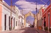 Colorful street in Merida, Yucatan, Mexico — Stock Photo
