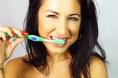 Woman Who Is Brushed Teeth Smiling — Stock Photo