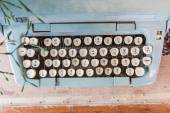 Old Manual Typewriter keys in Thai Language. — Stock Photo