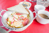 Vietnamese style fried egg in pan. — Stock Photo