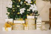 Christmas interior in gold color 2 — Stock Photo