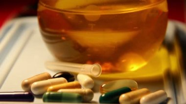 Drugs pills pill,  chemical laboratory — Stockvideo