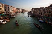 Canale Grande taken from the Rialto Bridge. — Stock Photo
