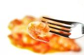 Tomato sauce and shrimps — Stock Photo