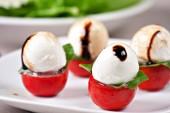 Delicious Caprese salad — Stock Photo