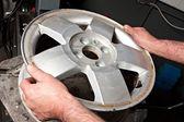 タイヤの機械修理. — ストック写真