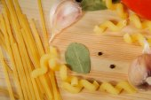 The set of products - pasta, spices, garlic, tomatoes — Stock Photo