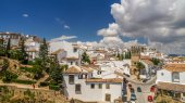 View of a city of ronda from a balcony, spain — Stockfoto