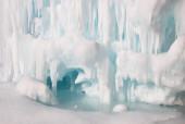 Frozen lake inside the ice cave — Foto de Stock