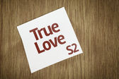 True Love on Paper Note on texture background — Stock Photo