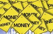 Peníze na více dopravní značka — Stock fotografie