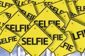 Selfie written on multiple road sign — Stockfoto