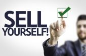 Business man pointing the text: Sell Yourself — Stockfoto