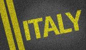 Italy written on the road — Stock Photo