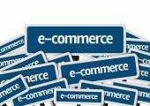E-Commerce written on multiple road sign — Stock Photo