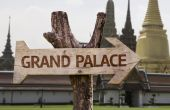 Grand Palace  wooden sign — Stockfoto
