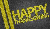 Happy Thanksgiving written on the road — Stockfoto