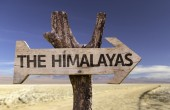 The Himalayas wooden sign — Foto Stock