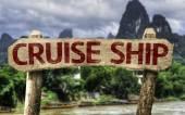Cruise Ship sign — Stock Photo