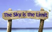 The Sky is The Limit wooden sign — Stock Photo