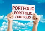 Portfolio card in hands — Stock Photo