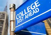 College Just Ahead sign — Stock Photo